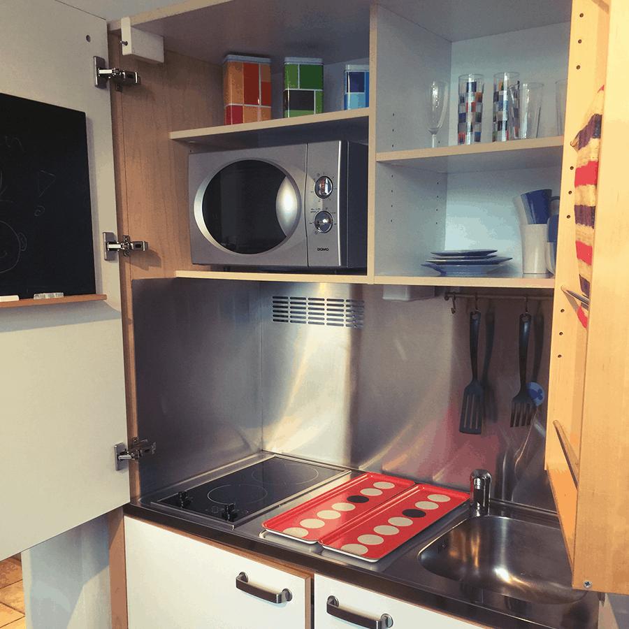 Küche R375 rot